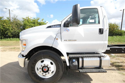 2018 F-750 Regular Cab DRW 4x2,  Cab Chassis #1812F7D - photo 8