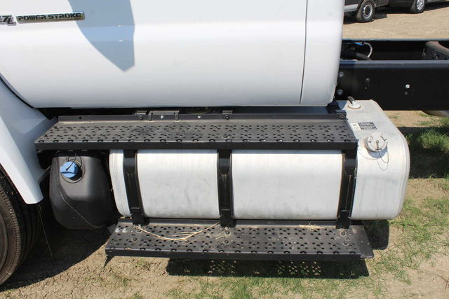 2016 F-750 Regular Cab DRW Cab Chassis #6805319F - photo 14
