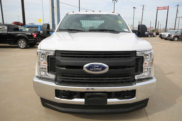 2017 F-350 Crew Cab DRW 4x4, Platform Body #7253649TC - photo 3