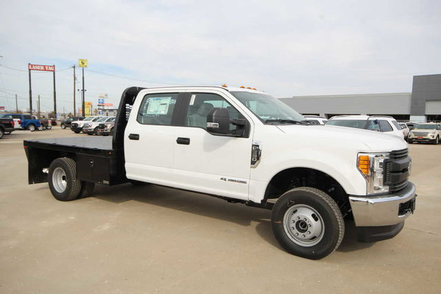 2017 F-350 Crew Cab DRW 4x4, Platform Body #7253649TC - photo 4