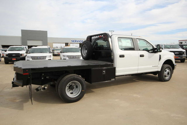 2017 F-350 Crew Cab DRW 4x4, Platform Body #7253649TC - photo 6