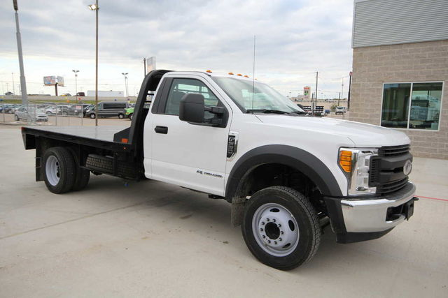 2017 F-550 Regular Cab DRW Platform Body #7258170T - photo 4