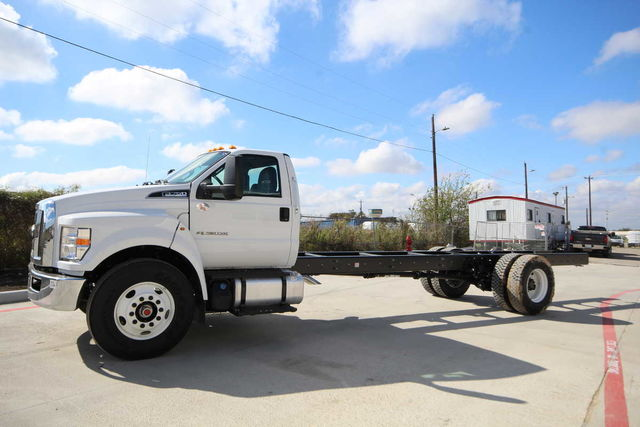 2017 F-750 Regular Cab Cab Chassis #7802856T - photo 1