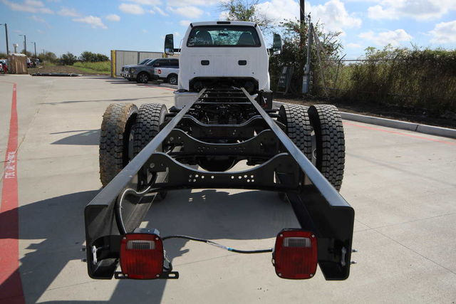 2017 F-750 Regular Cab Cab Chassis #7802856T - photo 9
