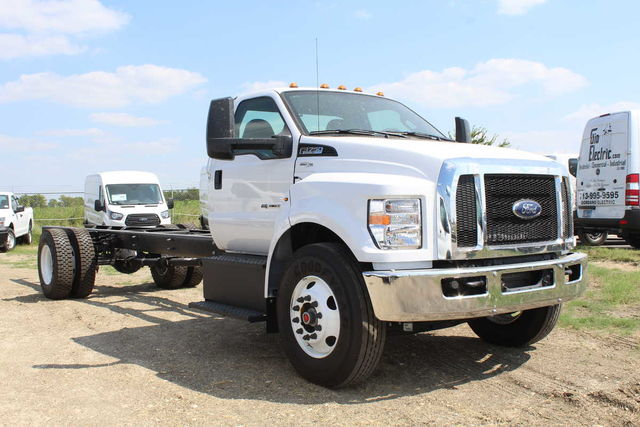 2017 F-750 Regular Cab Cab Chassis #7808580T - photo 4