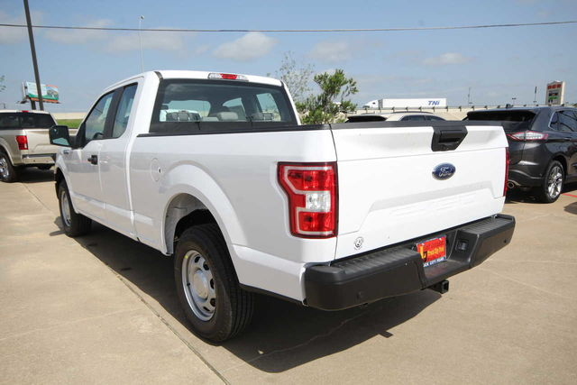 2018 F-150 Super Cab 4x2,  Pickup #8256005T - photo 2