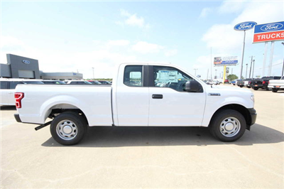 2018 F-150 Super Cab 4x2,  Pickup #8256005T - photo 5