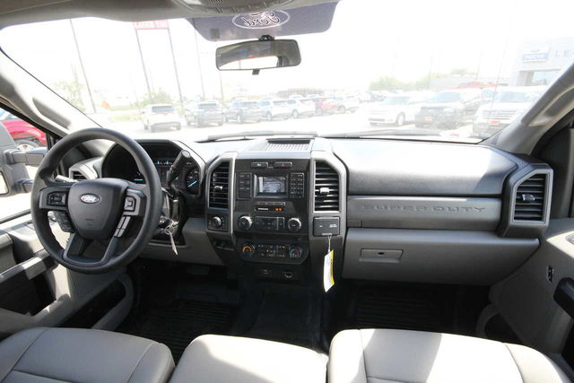 2019 F-250 Crew Cab 4x4,  Pickup #8257704TC - photo 21