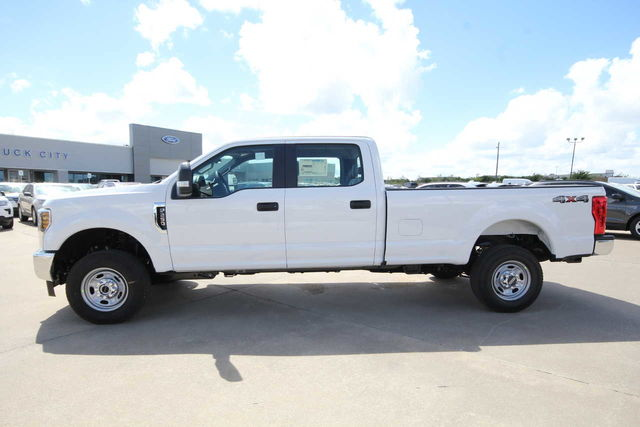 2019 F-250 Crew Cab 4x4,  Pickup #8257704TC - photo 8
