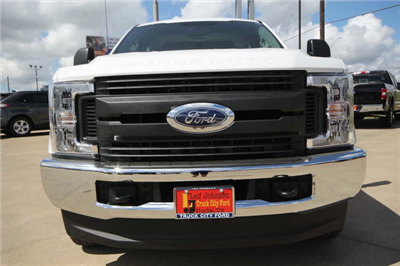 2019 F-250 Crew Cab 4x4,  Pickup #8257704TC - photo 3