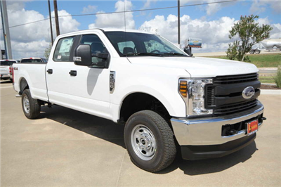 2019 F-250 Crew Cab 4x4,  Pickup #8257704TC - photo 4