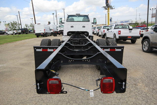 2018 F-750 Regular Cab DRW 4x2,  Cab Chassis #8804335T - photo 7