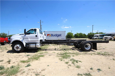 2018 F-750 Regular Cab DRW 4x2,  Cab Chassis #8804340T - photo 5