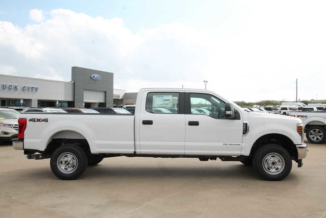 2019 F-250 Crew Cab 4x4,  Pickup #9251590TC - photo 5