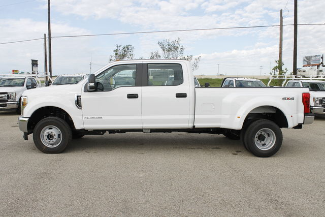 2019 F-350 Crew Cab DRW 4x4,  Pickup #9251605TC - photo 8