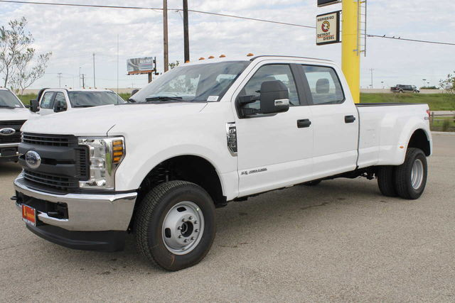 2019 F-350 Crew Cab DRW 4x4,  Pickup #9251606TC - photo 1