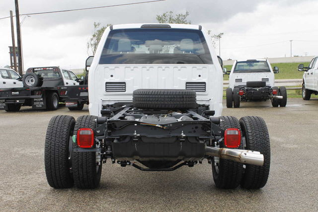 2019 F-350 Crew Cab DRW 4x4,  Cab Chassis #9257228TC - photo 7