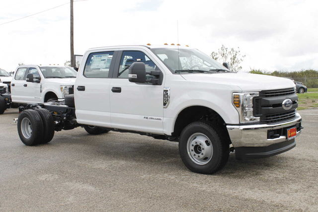 2019 F-350 Crew Cab DRW 4x4,  Cab Chassis #9257229TC - photo 4