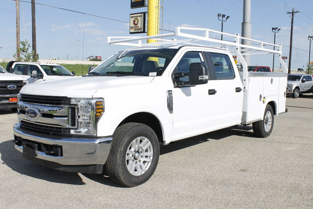 2019 F-250 Crew Cab 4x2,  Royal Service Body #9258883TC - photo 1