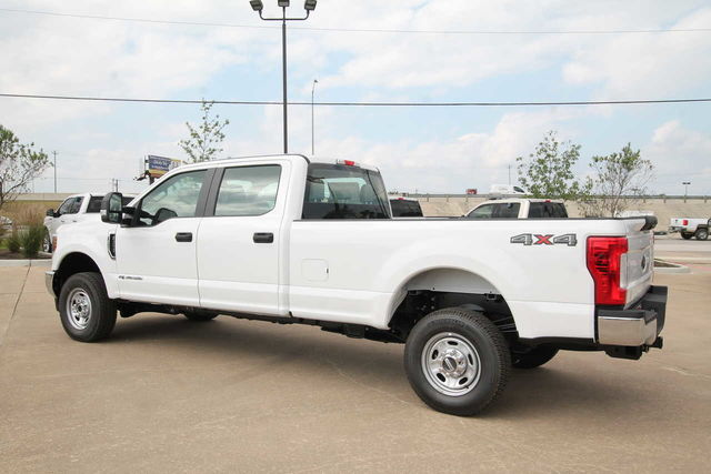 2019 F-250 Crew Cab 4x4,  Pickup #9259166TC - photo 2