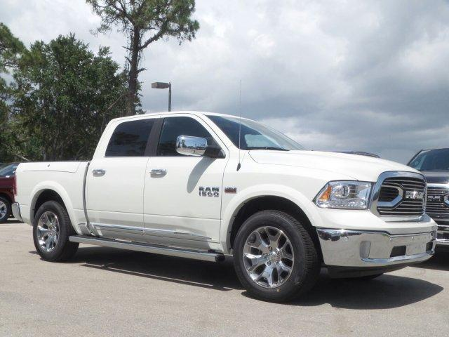 2017 Ram 1500 Crew Cab 4x4 Pickup #D71285 - photo 5