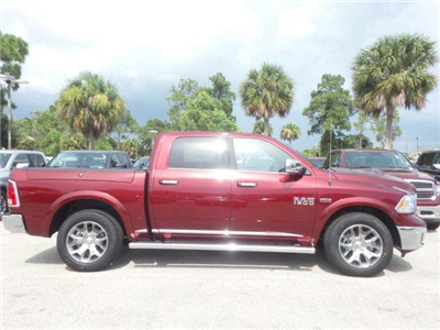 2017 Ram 1500 Crew Cab 4x4 Pickup #D71462 - photo 4