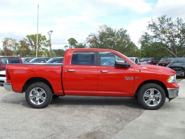 2017 Ram 1500 Crew Cab 4x4, Pickup #D71536 - photo 4
