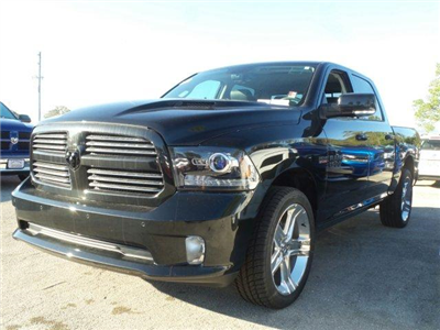 2017 Ram 1500 Crew Cab, Pickup #D71550 - photo 6
