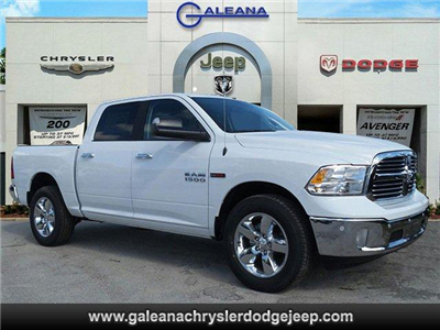 2017 Ram 1500 Crew Cab 4x4, Pickup #D71554 - photo 1