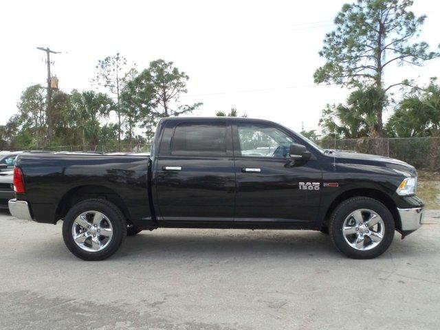2017 Ram 1500 Crew Cab 4x4, Pickup #D71573 - photo 4
