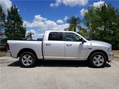 2017 Ram 1500 Crew Cab 4x4, Pickup #D71574 - photo 3