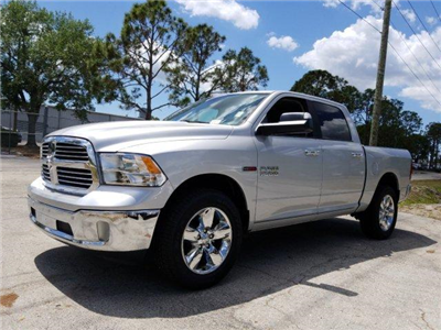 2017 Ram 1500 Crew Cab 4x4, Pickup #D71574 - photo 7