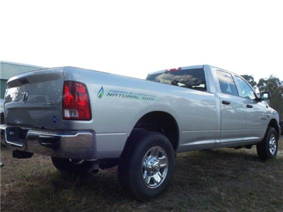 2017 Ram 2500 Crew Cab 4x4, Pickup #D72529 - photo 2