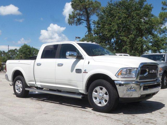 2017 Ram 2500 Crew Cab Pickup #D72557 - photo 3