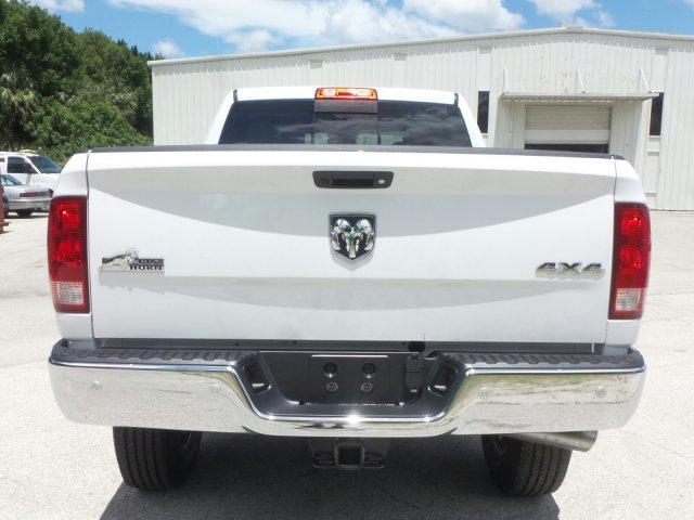 2017 Ram 2500 Crew Cab 4x4 Pickup #D72578 - photo 5
