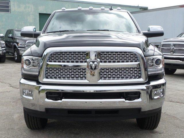 2017 Ram 3500 Crew Cab 4x4 Pickup #D73500 - photo 6