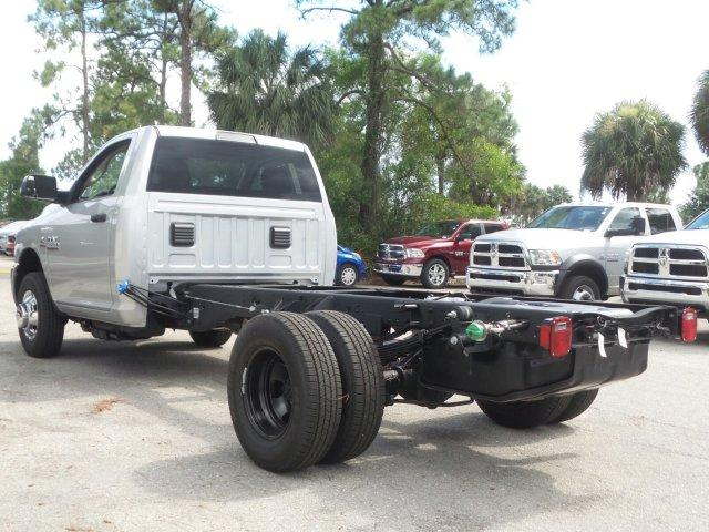 2017 Ram 3500 Regular Cab DRW Cab Chassis #D73544 - photo 6