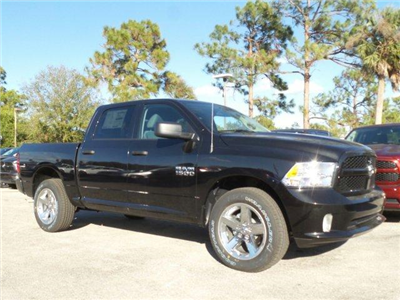 2018 Ram 1500 Crew Cab 4x4,  Pickup #D81088 - photo 3