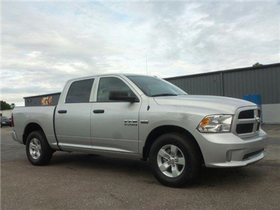 2018 Ram 1500 Crew Cab,  Pickup #D81138 - photo 3
