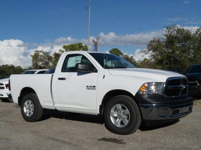 2018 Ram 1500 Regular Cab, Pickup #D81176 - photo 3