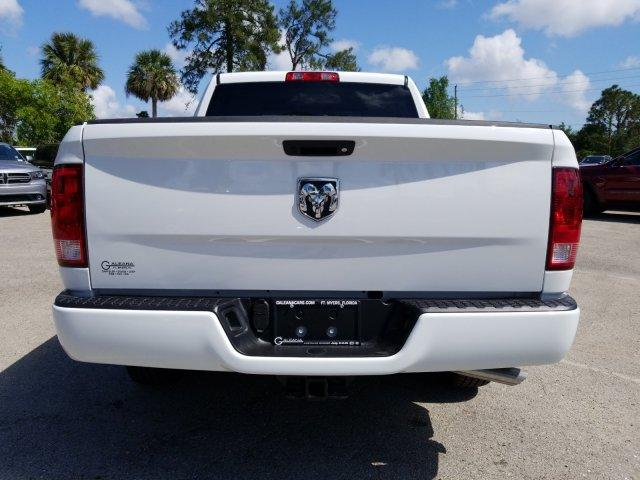 2018 Ram 1500 Crew Cab, Pickup #D81267 - photo 5