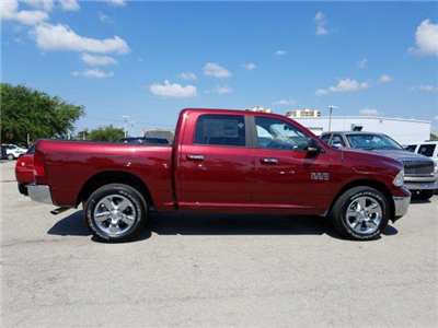2018 Ram 1500 Crew Cab 4x4,  Pickup #D81272 - photo 4