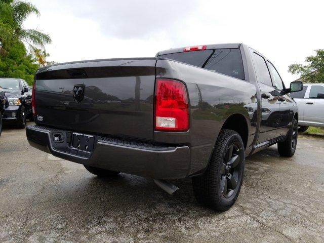 2018 Ram 1500 Crew Cab 4x2,  Pickup #D81359 - photo 2