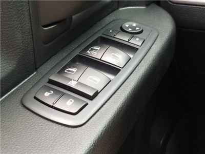 2018 Ram 1500 Crew Cab 4x2,  Pickup #D81379 - photo 17