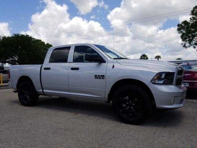 2018 Ram 1500 Crew Cab 4x2,  Pickup #D81403 - photo 3