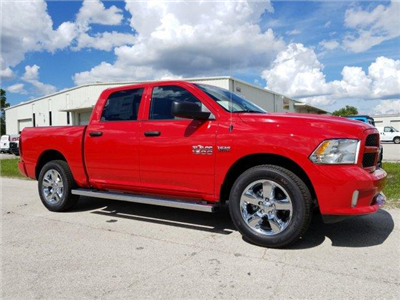 2018 Ram 1500 Crew Cab 4x2,  Pickup #D81404 - photo 3