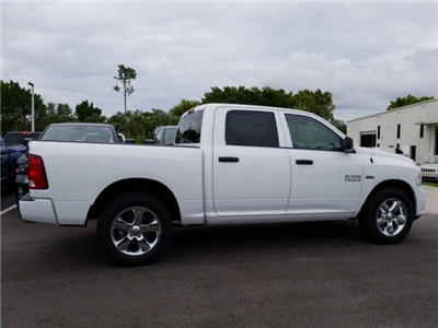 2018 Ram 1500 Crew Cab 4x2,  Pickup #D81427 - photo 4