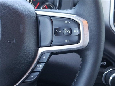 2019 Ram 1500 Crew Cab 4x2,  Pickup #D91026 - photo 17