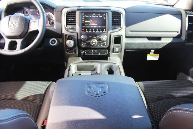 2018 Ram 1500 Crew Cab 4x4, Pickup #R181008 - photo 5