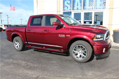 2018 Ram 1500 Crew Cab 4x4 Pickup #R181009 - photo 3
